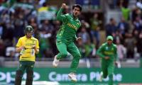 Pakistan floor SA in rain-hit game to keep CT hopes alive