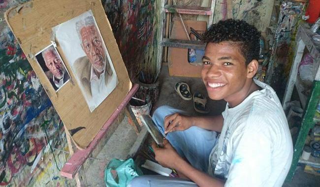 Lyari youth's painting of Morgan Freeman takes social media by storm
