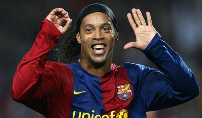 Pak Army welcome football legend Ronaldinho to Pakistan