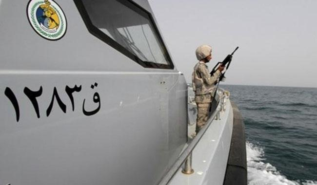 Saudi says 3 Iran guards caught on boat