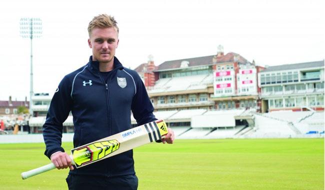 England wrong to drop Roy - Pietersen