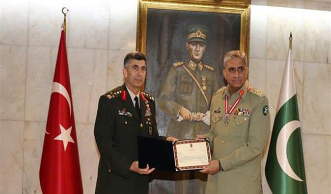 Pak army chief given Legion of Merit award in Turkey