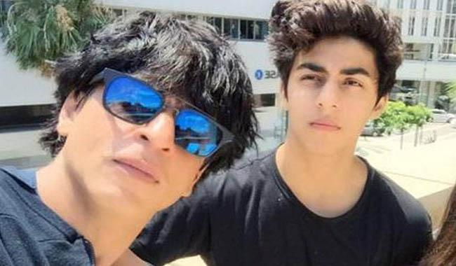 Here's why Shahrukh Khan won't allow his son to kiss a girl