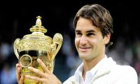 Federer buries ´doubts´ with perfect Wimbledon boost