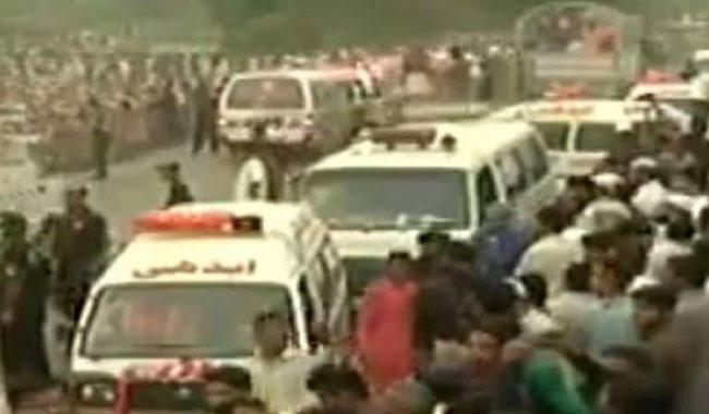 Collective funeral prayers held for Bahawalpur oil tanker fire victims