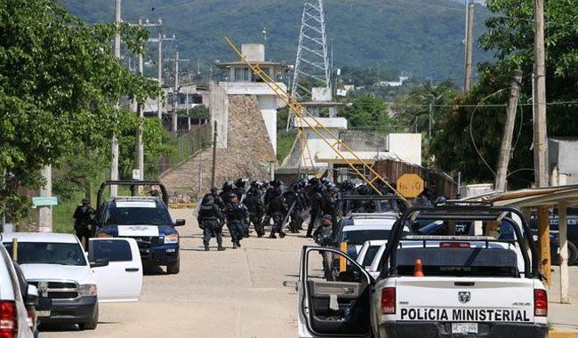 28 inmates killed in Mexico prison riot: officials