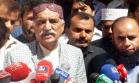 Khursheed Shah warns govt against confrontation with institutions
