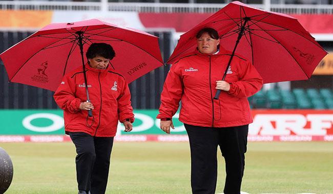 Sri Lanka bat against Pakistan in Women's World Cup last league match
