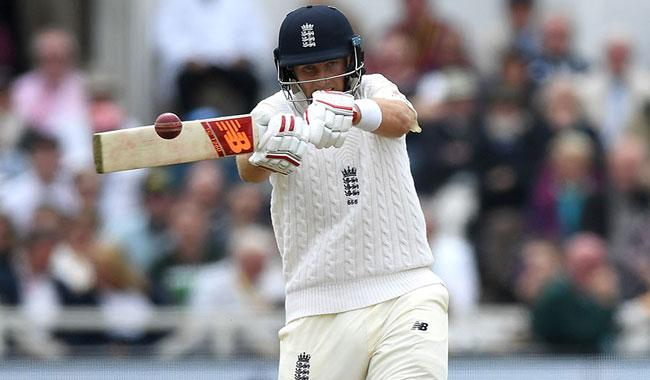 Root hits back against South Africa in 2nd Test