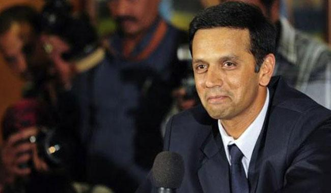 Indian board backs down on Dravid, Zaheer appointments