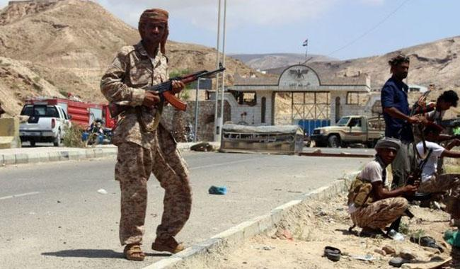 15 Yemeni rebels, 8 soldiers killed in clashes