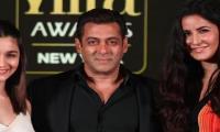 Bollywood stars rock IIFA 2017 awards