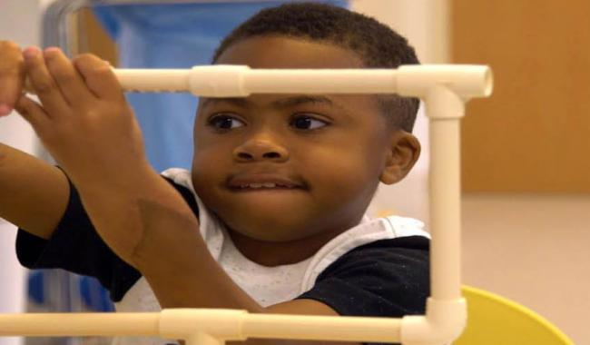 World´s first child hand transplant a ´success´