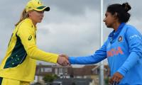 Rain holds up Australia, India women's World Cup semi-final