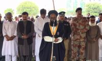 Funeral prayers of martyred policemen offered in Karachi