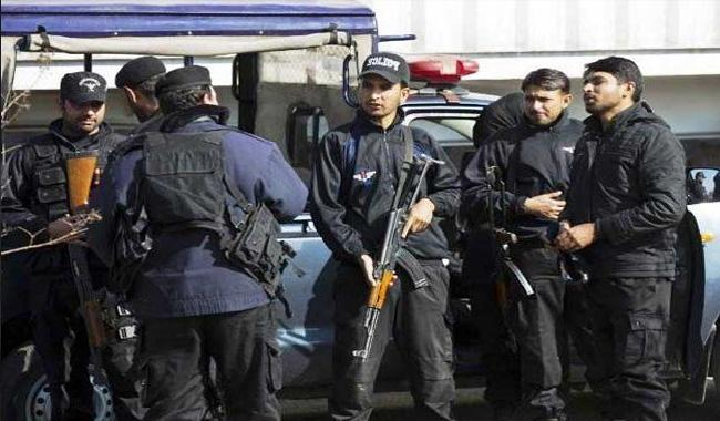 Four dacoits gunned down in Lahore encounter
