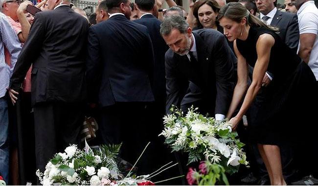 Spanish police shoot dead possible Barcelona attack fugitive
