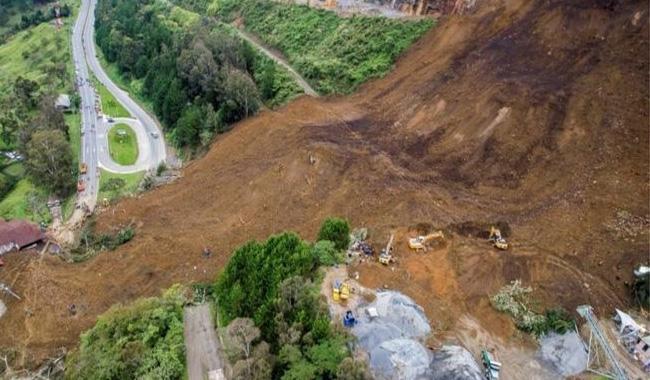 Eight killed in landslide at Burkina gold mine