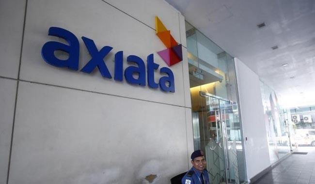 Malaysia´s Axiata to buy Pakistan telecom towers firm for $940 mln