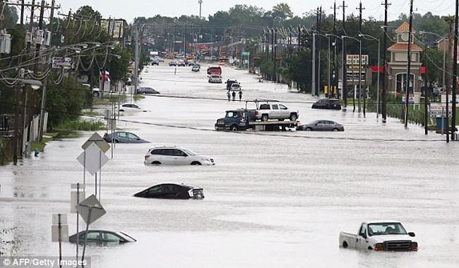 Climate change and hurricanes: do we need a smoking gun?