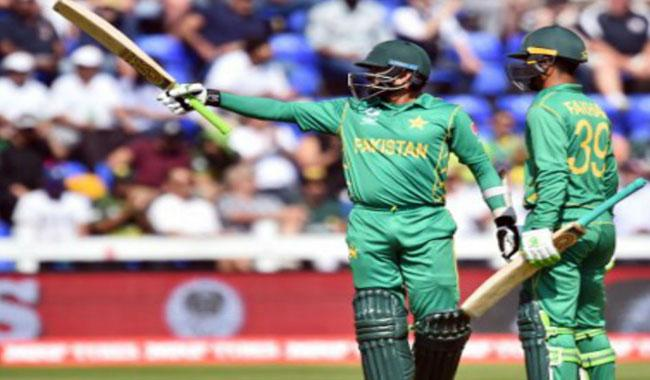 Pakistan win toss, bat against World XI in second T20