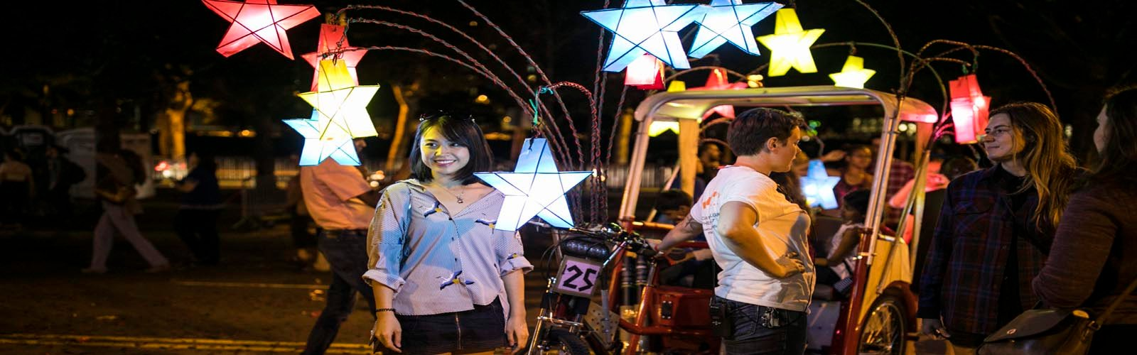 Chinese artist brings lantern rides to US