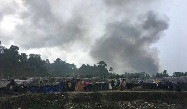 Myanmar military burning villages of Rohingya Muslims: HRW