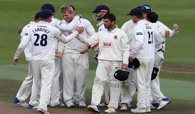 Essex win English County Championship