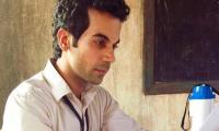 'Chal Tu Apna Kaam Kar' song from 'Newton' out