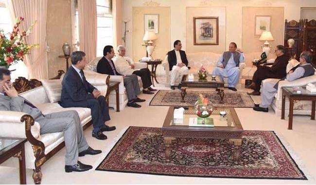 Nawaz consults legal team ahead of appearing in accountability court