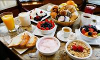 Skipping breakfast may double risk of hard arteries
