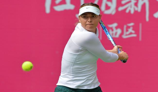Sharapova storms into Tianjin quarter-finals