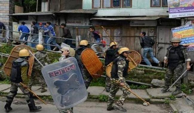 Gunfight in India´s Darjeeling kills police officer