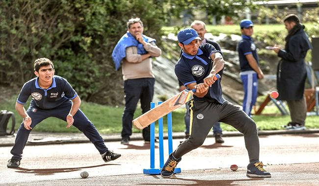 Pakistan, Afghan refugees take northern French town to cricket glory