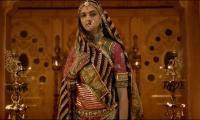 Rajput clan threatens to burn cinemas against screening Padmavati film