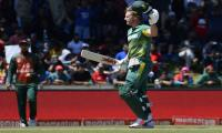 De Villiers hits thrilling century against Bangladesh