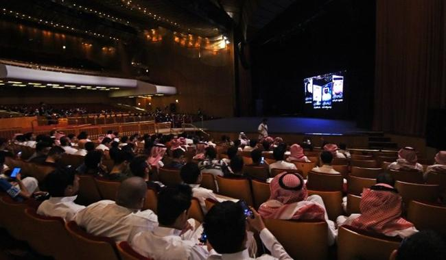 Saudis crave revival of night out at the movies