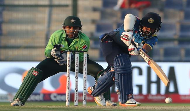 Sri Lanka bat as Pakistan eye whitewash