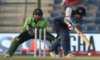 Sri Lanka bat as Pakistan eye whitewash