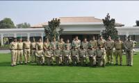 Army Chief meets gold medal winning Pak Army team