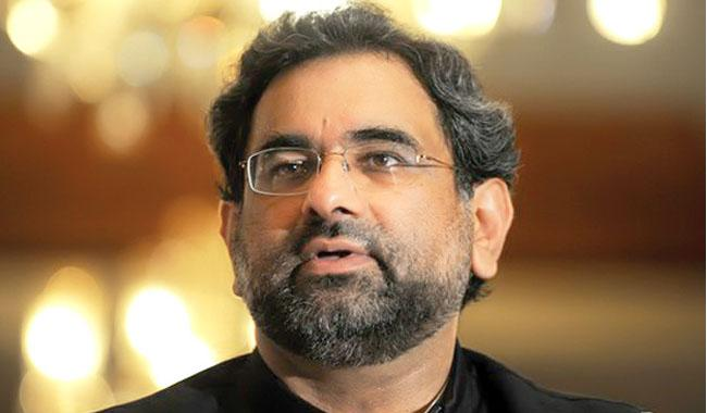 Abbasi says govt to complete its term, announces Balochistan Package