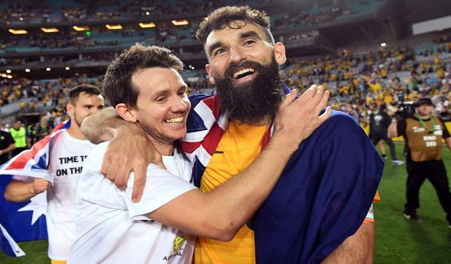 Jedinak hat-trick fires Australia into World Cup