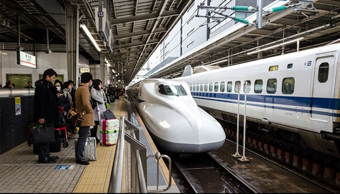 Train in Japan Departs 20 Seconds Too Early, Company Issues Grovelling Apology