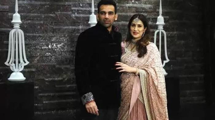 Indian cricket legend Zaheer Khan, Bollywood star Sagarika tie the knot