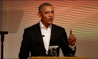 Obama says ´think before you tweet´