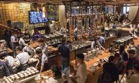 Inside world´s biggest Starbucks in Shanghai