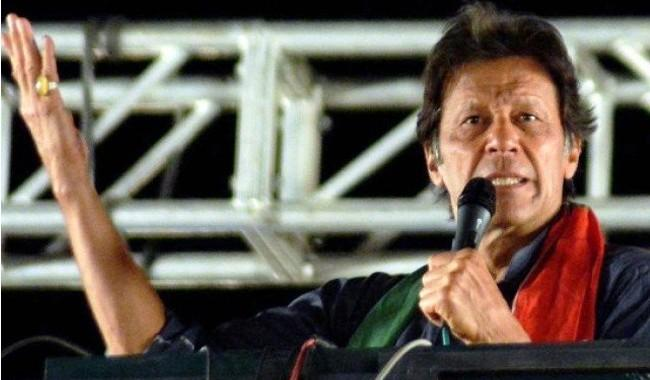 Imran vows not to spare ex-NAB chief after coming into power, terms him nation's culprit