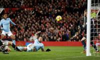 Man City down title rivals Man Utd