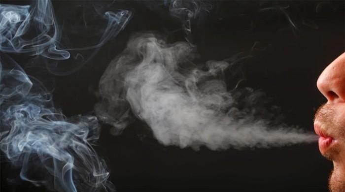 Smokers more likely to need spinal surgery