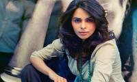 Bollywood star Mallika Sherawat evicted from Paris flat over unpaid rent